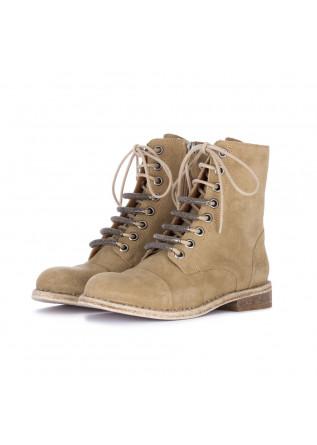 women's boots just juice beige