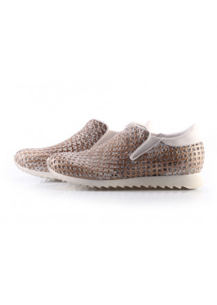 Shoes Sneakers Beige ANDIAFORA
